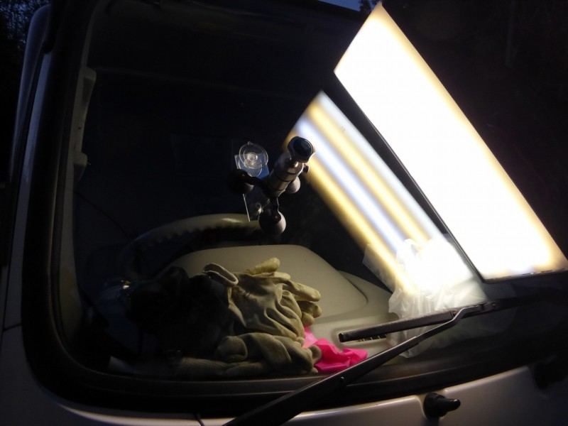 軽自動車からトラックまで フロントガラスリペア金額は一律【茨城県・千葉県】