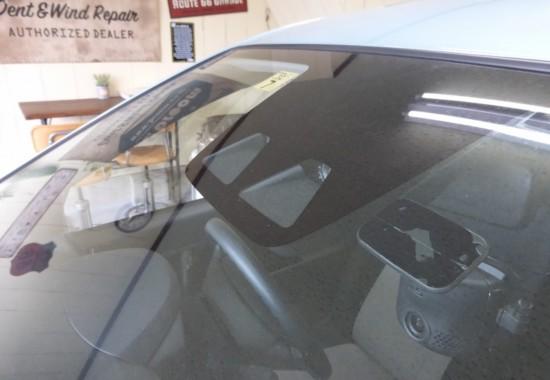 カメラ付きフロントガラスもお得に交換|茨城県取手市|broom-ブルーム