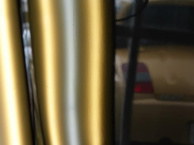 ディーラーよりキューブ ドアパンチのヘコミ デントリペア